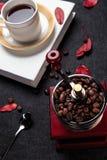 Café et grains de café intenses Photo libre de droits