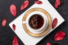 Café et grains de café intenses Image stock