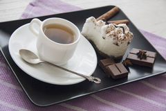 Café et tiramisu de matin Photos libres de droits