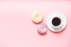 Café et zéphyrs délicieux pour la coupure Photo stock