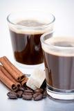 Café express, habas y cinamomo Imagenes de archivo