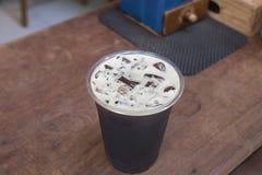 Café froid nitro de scintillement de brew Photographie stock libre de droits