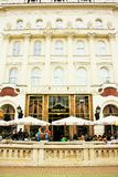 Café Gerbeaud em Budapest, Hungria Fotos de Stock