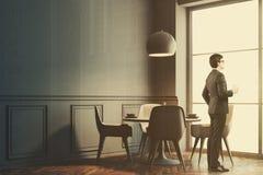 Café gris intérieur, côté gris de chaises modifié la tonalité Photos libres de droits