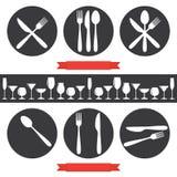 Café-Ikonen Tischbesteck und Gläser Lizenzfreies Stockbild