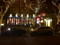 Café Lalo, Upper West Side, NY- Weihnachtszeit stockbild
