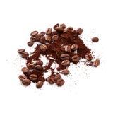 Café molido con los granos de café Imágenes de archivo libres de regalías