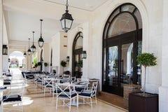 Café na margem Fotos de Stock Royalty Free