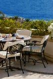Café no lado do mar. Imagens de Stock