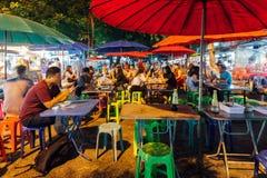 Café no mercado sábado à noite, Chiang Mai da rua, Tailândia Fotos de Stock Royalty Free