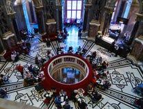 Café no museu de Kunsthistorisches ou no museu de Art History, Vienn Imagens de Stock