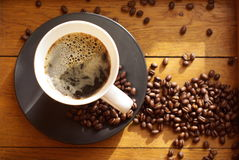 Café noir avec la mousse    photographie stock