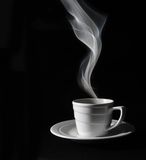 Café noir de cuvette, vapeur photo stock