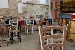 Café nostálgico en la ciudad vieja fotografía de archivo