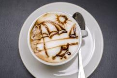 Café par la mer Photos stock