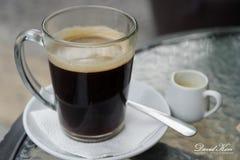 Café quente com creme Foto de Stock Royalty Free