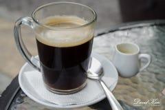 Café quente com creme Imagem de Stock