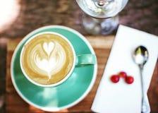Café quente do capuccino da arte fotos de stock royalty free