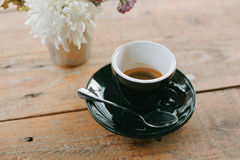 Café quente no fundo de madeira da tabela Imagem de Stock