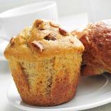 Café, queque e croissant imagem de stock royalty free