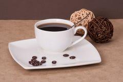 Café sólo en la taza blanca Imágenes de archivo libres de regalías