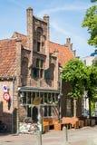 Café sur la place de Groenmarkt à Amersfoort, Pays-Bas Photos stock