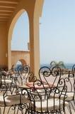 Café sur la plage tropicale photos stock