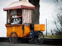 Café sur la rue Image stock