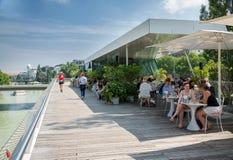 Café sur le Danube - Wien images libres de droits