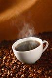Café sur les café-haricots 3 Images libres de droits