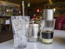 Café tradicional del goteo del estilo de Vietnam Foto de archivo libre de regalías