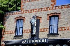 Café tropisch ein fiktives Restaurant gekennzeichnet in der Schitt-` s Nebenflussfernsehserie stockbilder