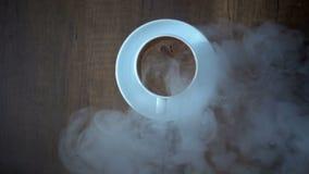 Café turc et fumée traditionnels banque de vidéos