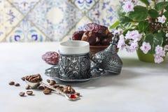 Café turc traditionnel café dans le vintage oriental de style Image stock