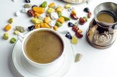 Café turco y dulces Foto de archivo