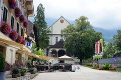 Café und Kirche Lizenzfreie Stockbilder