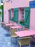 Café vacío en París por la mañana Fotos de archivo