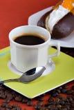 Café y anillos de espuma Fotografía de archivo