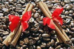 Café y cinamomo Imagen de archivo libre de regalías