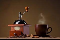 Café y cinamomo Imagenes de archivo