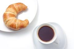 Café y croissants Foto de archivo