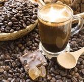 Café y granos de café Foto de archivo libre de regalías
