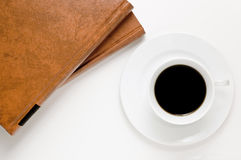 Café y libros Fotos de archivo libres de regalías