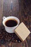 Café y obleas deliciosas Fotografía de archivo