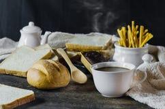 Café y pan Foto de archivo libre de regalías