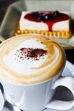 Café y pastel de queso Fotografía de archivo libre de regalías