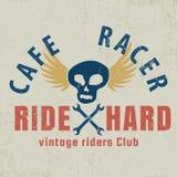 Caférennläufer typografisch mit dem geflügelten Schädel, Grafik für für T-Shirt, T-Stück Design lizenzfreie abbildung