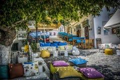 Cafés coloridos en Skiathos Imagenes de archivo