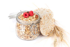 Café da manhã saudável com muesli e bagas Imagem de Stock