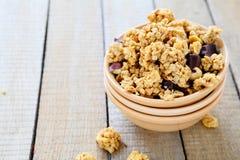 Café da manhã saudável completo na bacia Imagens de Stock Royalty Free